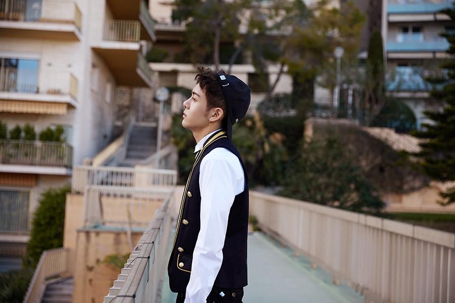 Молодой китайский актер Джозеф Цзэн
