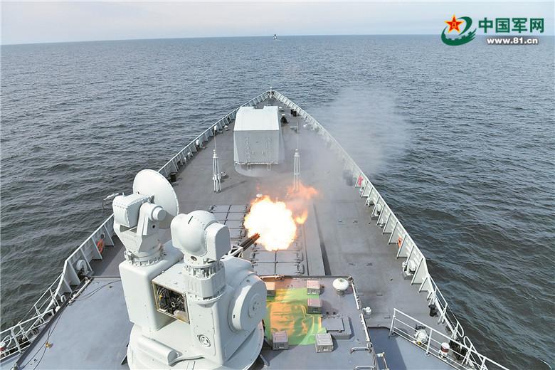 'Морское взаимодействие-2017': Корабельные флотилии КНР и РФ провели морские стрельбы из орудий вспомогательных калибров
