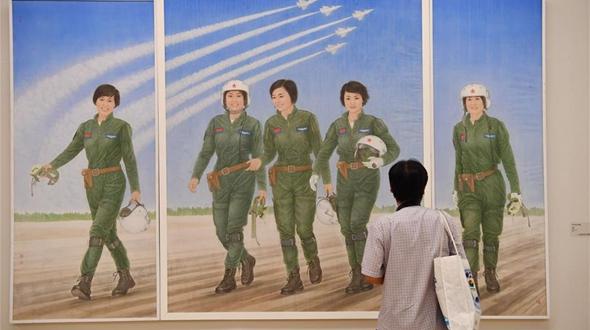 В Пекине проходит выставка картин, посвященная 90-летию создания НОАК