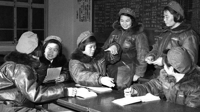Первая группа женщин-пилотов КНР