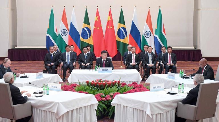 Си Цзиньпин председательствовал на неформальной встрече лидеров стран БРИКС