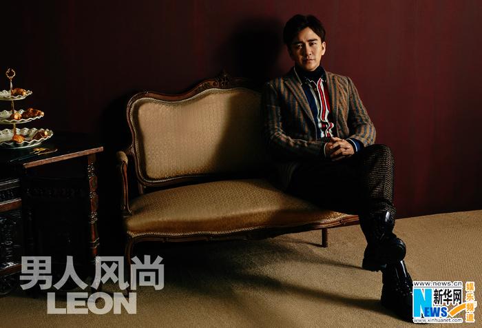 Молодой телеактер Чжай Тяньлинь в блокбастерах с винтажным стилем