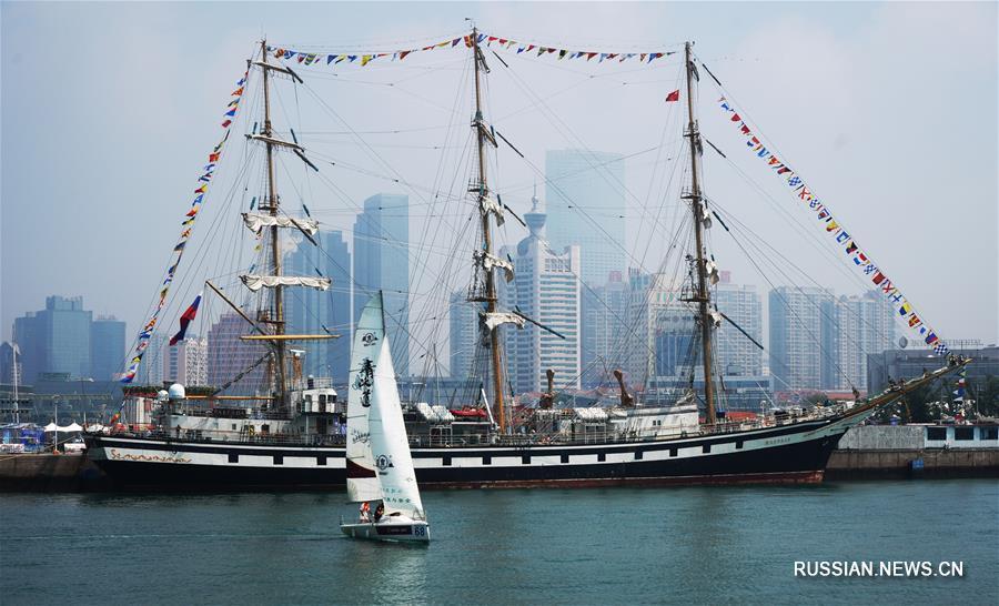 Корабль 'Паллада' прибыл в Циндао