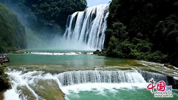 Водопад Хуангошу в провинции Гуйчжоу: захватывающие виды «летящей воды»