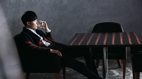 Китайский певец Фу Синьбо