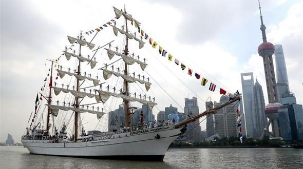 В Шанхай прибыл с визитом учебный парусный корабль ВМС Мексики 'Куаутемок'