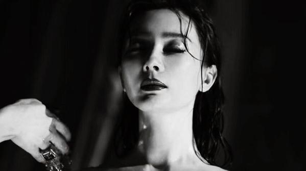 Чэнь Шу в черно-белых снимках