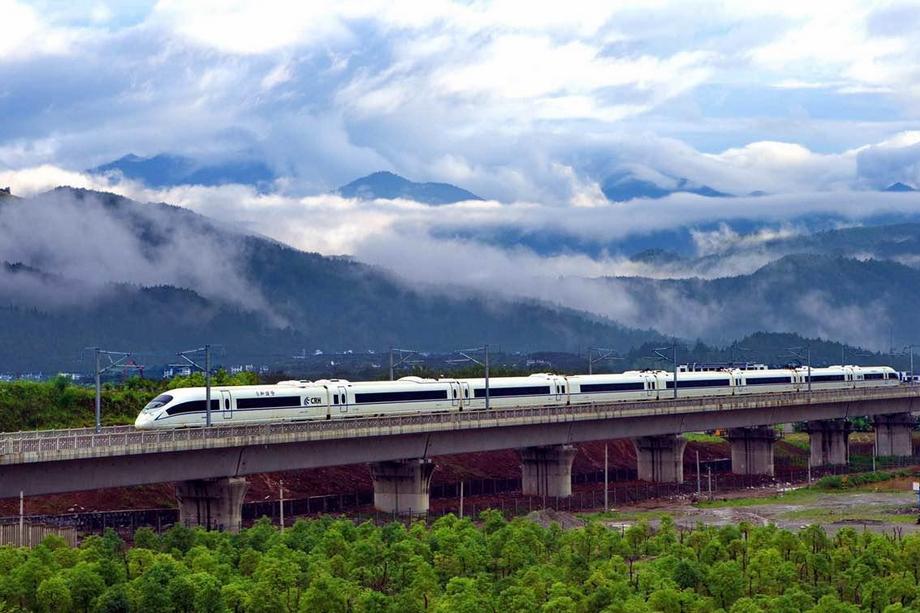 Скоростная железная дорога Хэфэй -- Фучжоу официально сдана в эксплуатацию