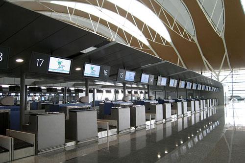 segunda terminal de aeropuerto de pudong en shanghai comienza operaciones spanish china org cn