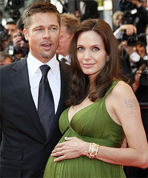 Angelina Jolie ha dado luz a mellizos Exclusiva _Spanish ... брэд питт и анджелина джоли