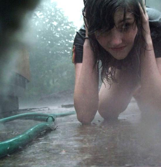 Mujeres hermosas mojadas 4