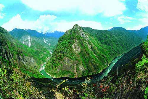 El gran cañón Yarlung Zangbo, lugar turístico por excelencia del Tíbet 1