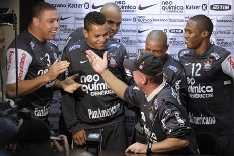 Mano Menezes va a dirigir la selección de Brasil