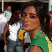 Mujeres hermosas pero artificiales reinan en Brasil