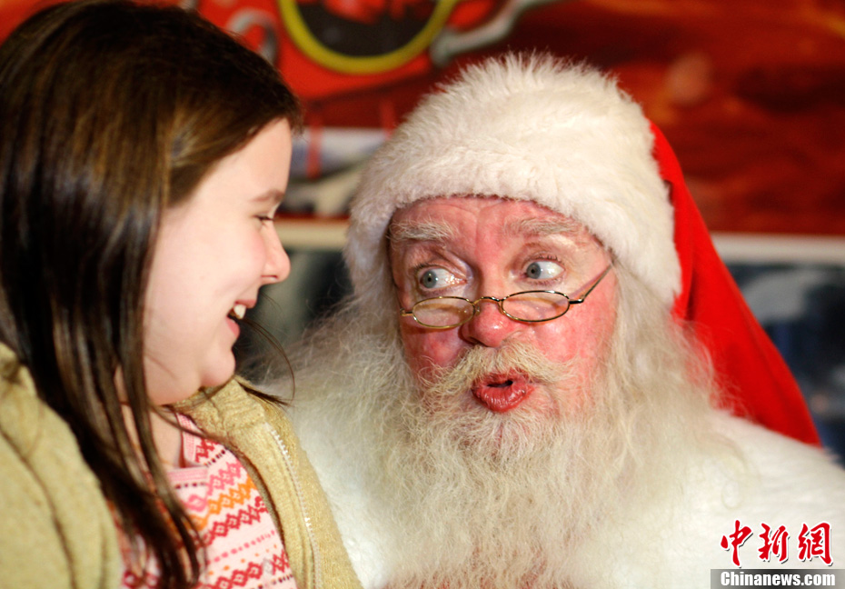 ¡Ahí vienen los Santa Claus!