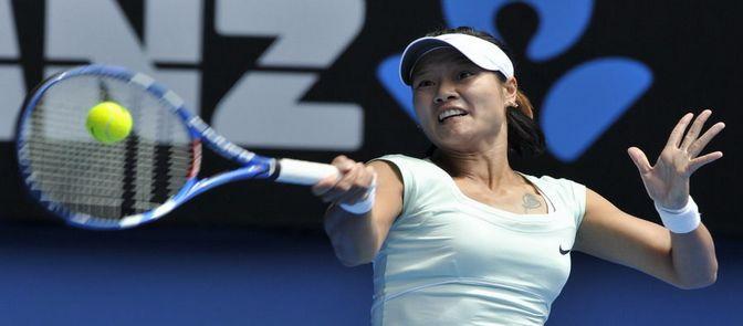 Na Li vence a Wozniacki con 2-1 y entra en el final partido