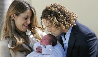 Cantante español David Bisbal confirma su divorcio con Elena Tablada