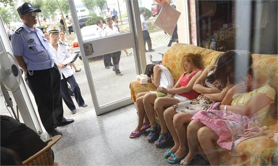 prostitutas chinas en santander prostitutas servicios