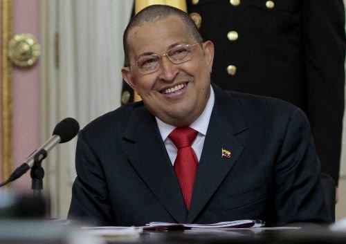 Tres strikes a rumores sobre la salud de Chávez
