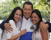Se recupera Hugo Chávez después de la operación en Cuba
