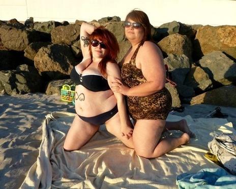 """Las chicas gordas en bikini para lucir su cuerpo """"sexy"""""""