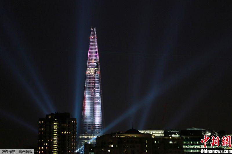 el shard el edificio ms alto de europa se inaugur ayer en londres para tratar de aprovechar el impulso olmpico pero esta imponente u