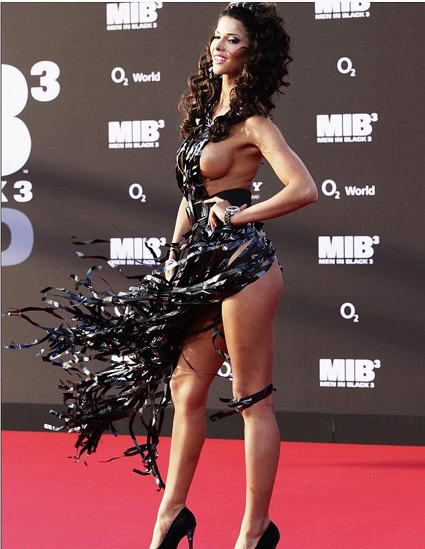 ... clave: Los vestidos más atrevidos de las actrices famosas de 2012