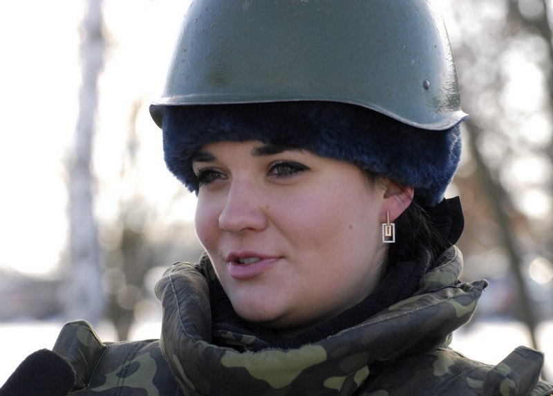 Las mujeres soldadas más guapas en Ucrania