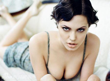 Angelina beowolf desnuda fotos