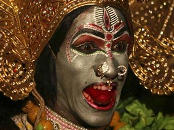 """por una cabeza下载_Un""""brujo"""" indio decapitó a un niño para ofrecer su cabeza a los dioses_Spanish ..."""