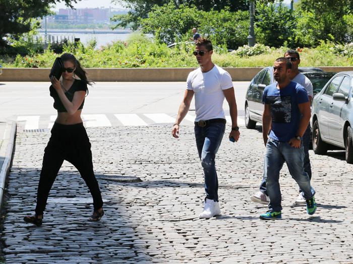 Cristiano Ronaldo y su novia Irina Shayk pasan vacaciones en Nueva ...