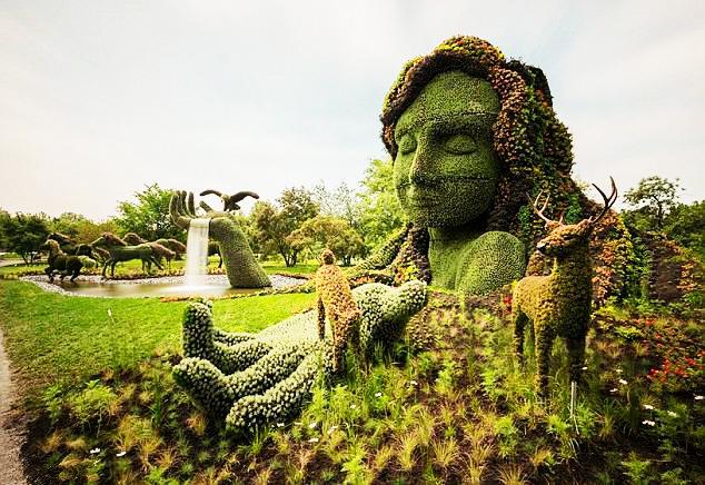 Incre bles esculturas en hierba en el jard n bot nico de for Hierba jardin