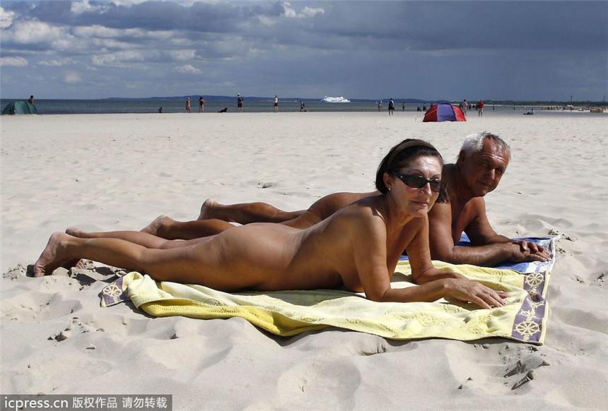 Videos de playa nudista australiana
