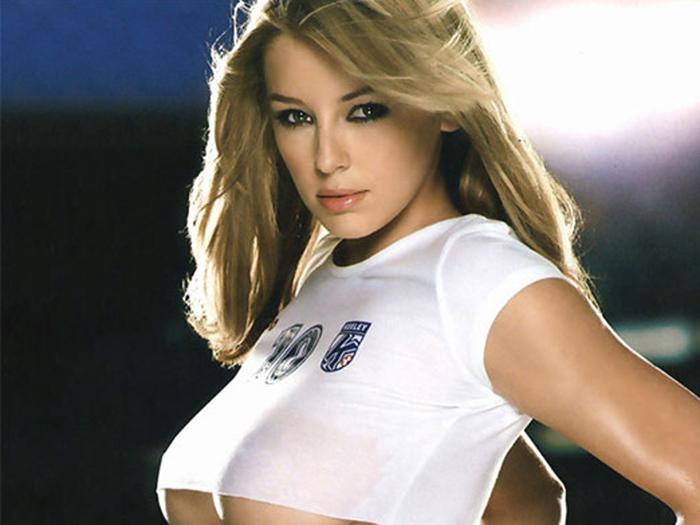 Fotos Seductoras De La Sexy Model Inglesa Keeley Hazell 2