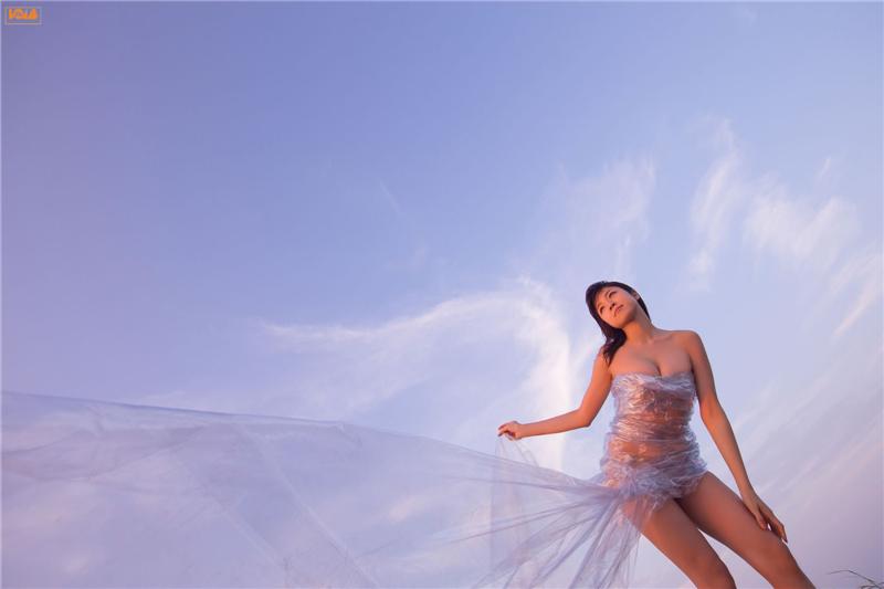 Japonesa Nakamura Shizuka Posa Seductora Con Cuerpo Desnudospanish
