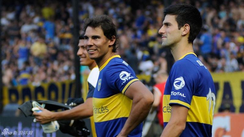 Nadal y Djokovic lanzaron penaltis en el estadio 'La Bombonera' de Boca Juniors 1
