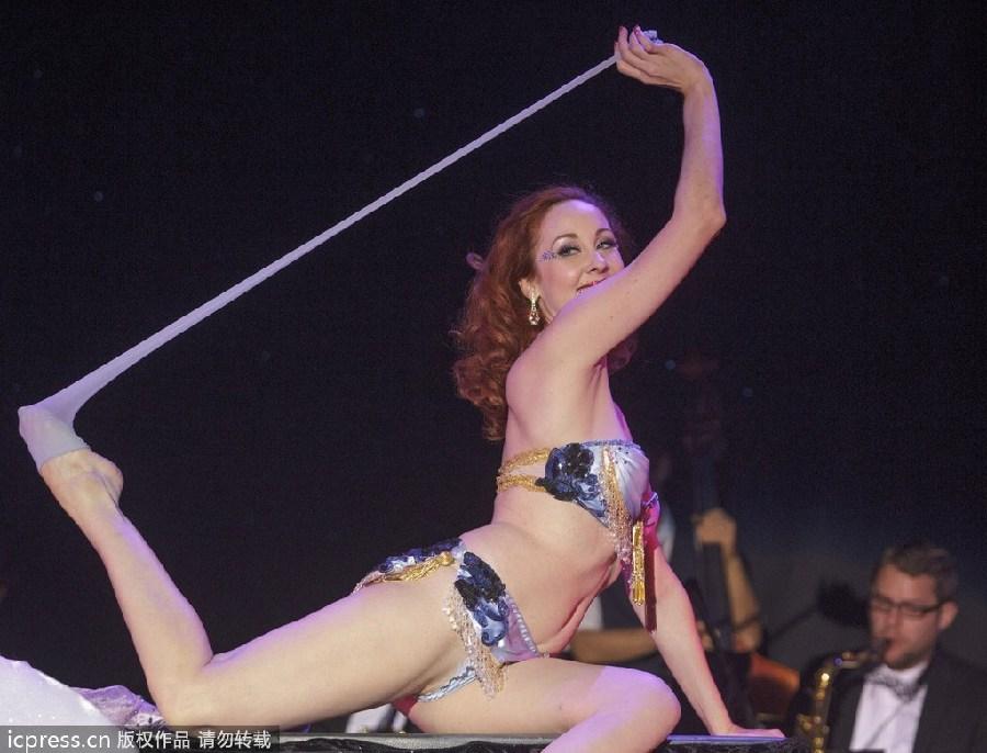 striptese videos