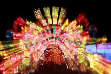 Chengde celebra la feria de linternas imperiales