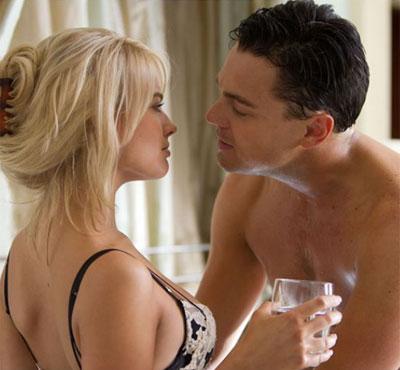 La actriz australiana Margot Robbie se desnuda con Leonardo DiCaprio