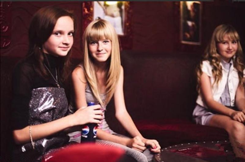 Adolescentes rusos dedos adolescentes