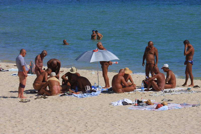 Gente Desnuda En La Playa De Hainan Chinaspanishchinaorgcn中国