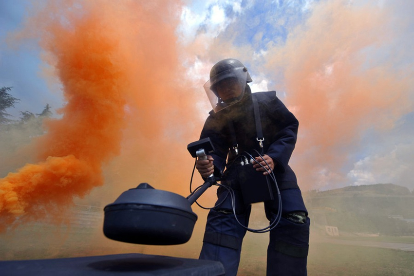 En imágenes: el silencioso mundo de los expertos en desactivación de bombas