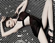 Modelos Jefimija Jokic, Djina Mandic y Ines Culibrk presumen sus atributos en la piscina