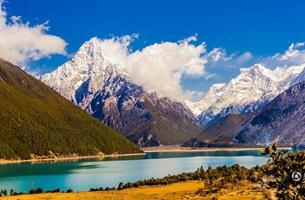 Impresionantes paisajes tibetanos en Bujiang