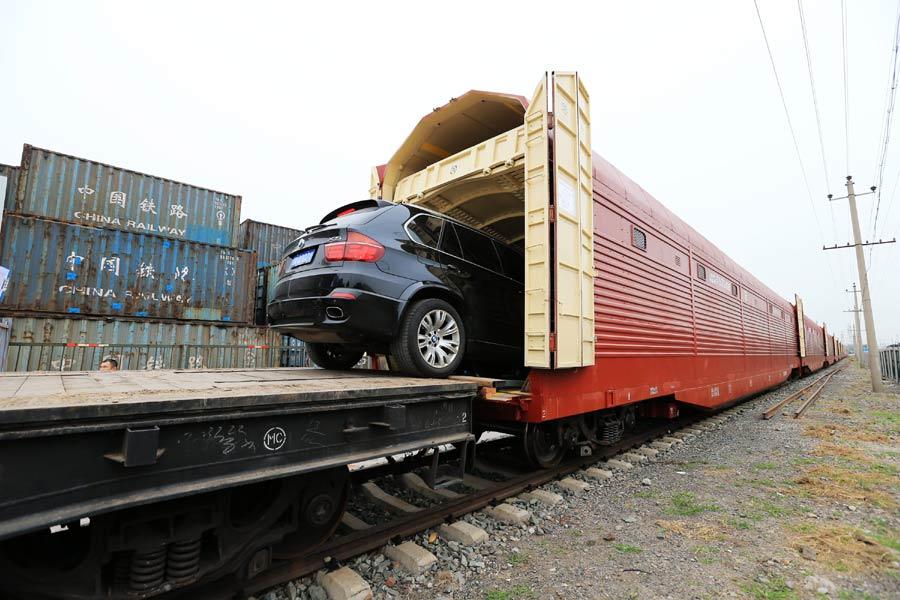 Esta Semana Dorada, viaja en tren junto con tu auto