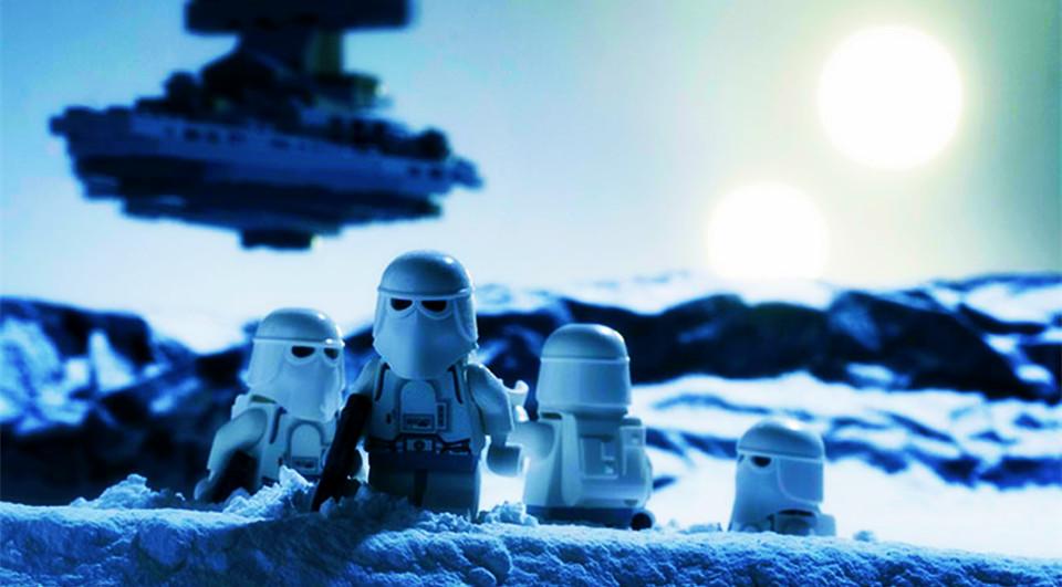 Cinéfilo recrea escenas de películas con sus juguetes de Lego