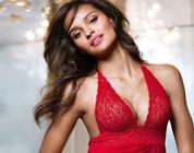 Gracie Carvalho, la modelo brasileña más sexy de piel morena