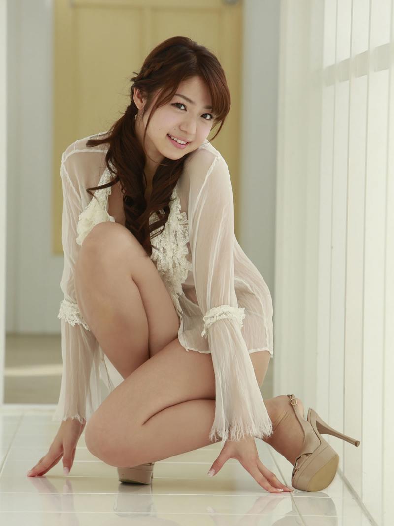 Actrices Porno Voluptuosasdesnudas actriz porno japonesa nakamura shizuka exhibe su voluptuoso