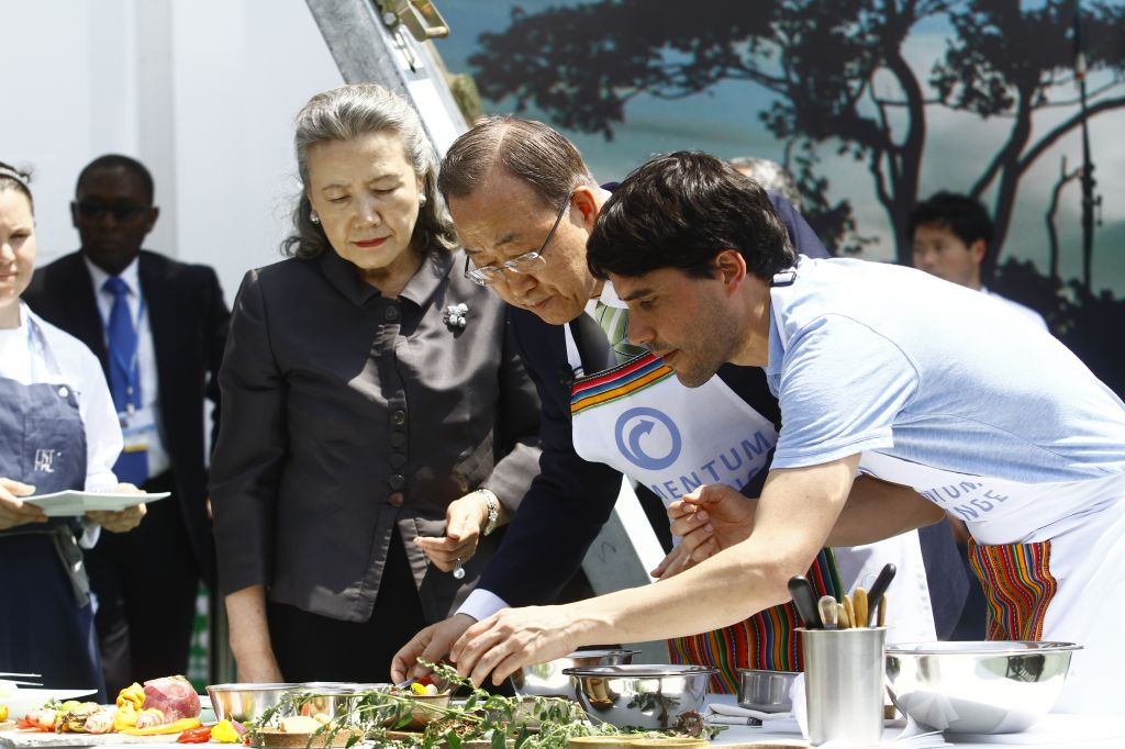 Ban Ki-moon y Figueres preparan platos de gastronomía peruana