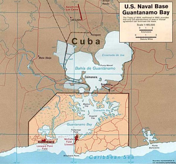 EEUU descarta devolver a Cuba la base de Guantánamo2